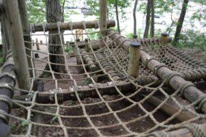 野山北公園のあそびの森のネットアスレチック