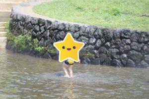 富士山こどもの国の水の国での水遊び