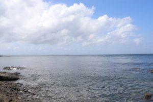 観音崎公園の前にある海岸の風景