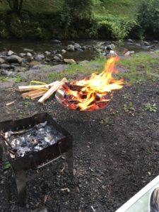 天使の森オートキャンプ場での焚火