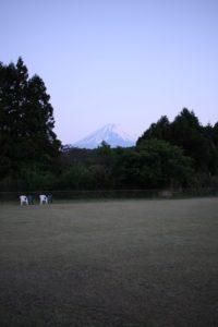 ドッグフィールド合衆国から見える富士山