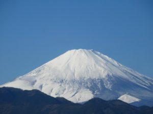 西丹沢大滝キャンプ場の近くから見られる富士山