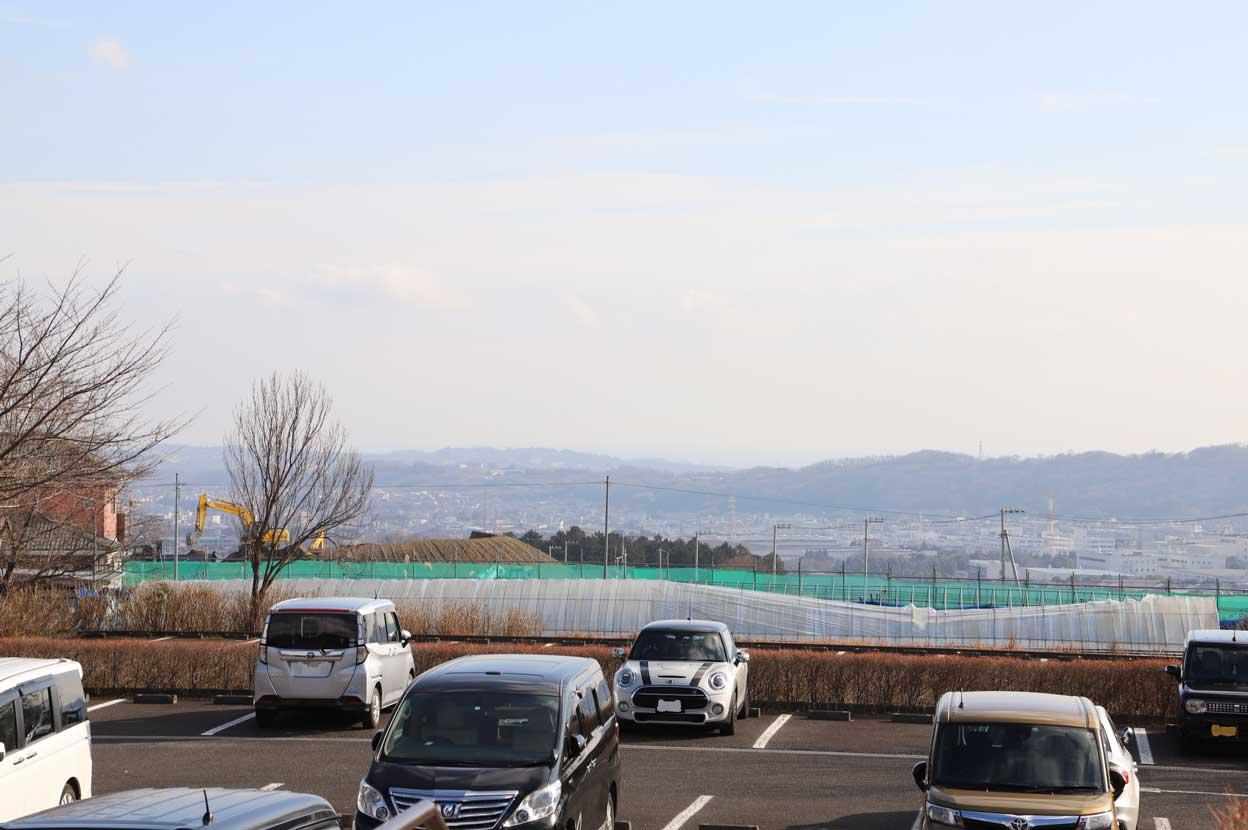 県立秦野戸川公園の駐車場