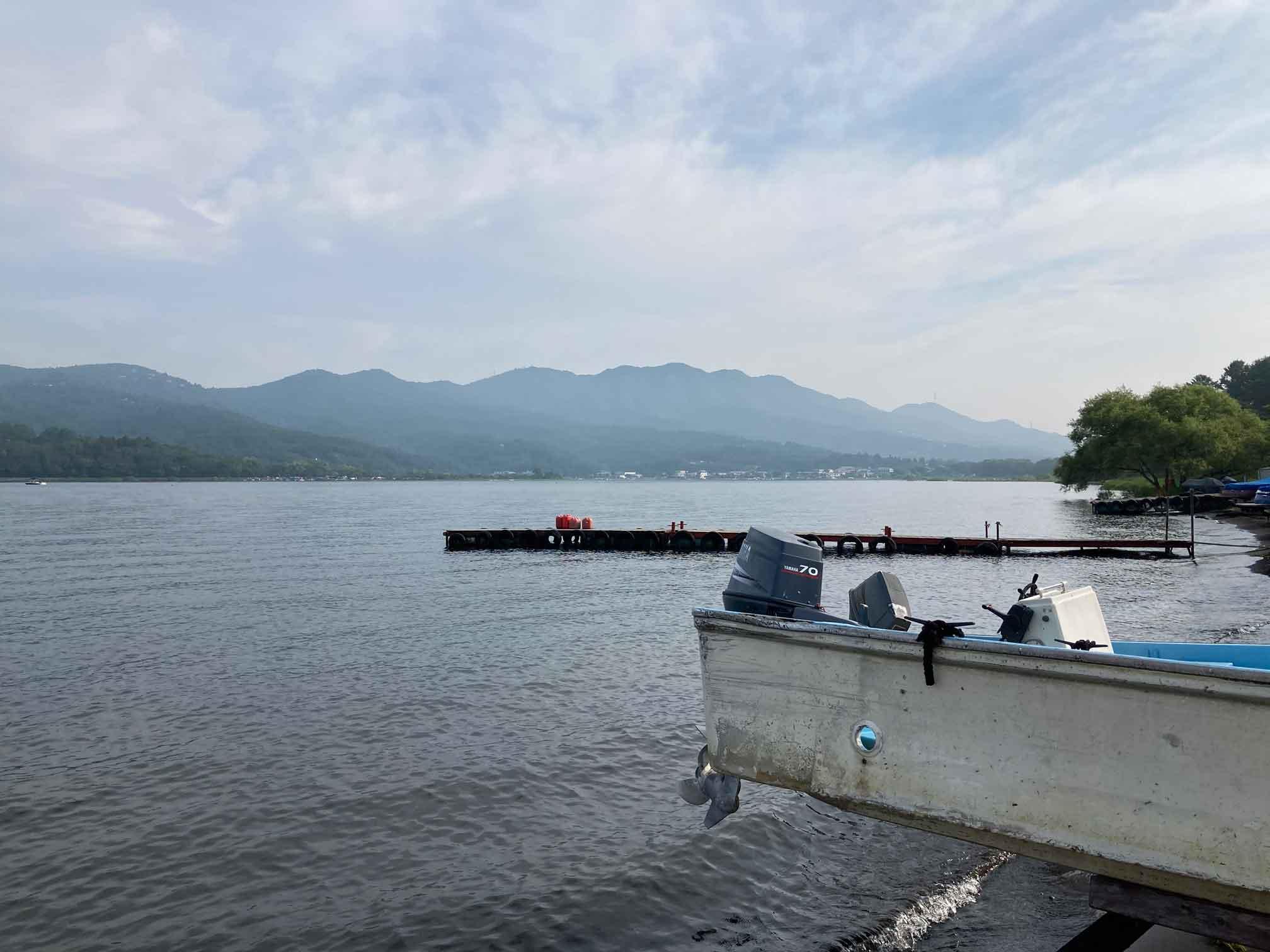 山中湖での水遊び