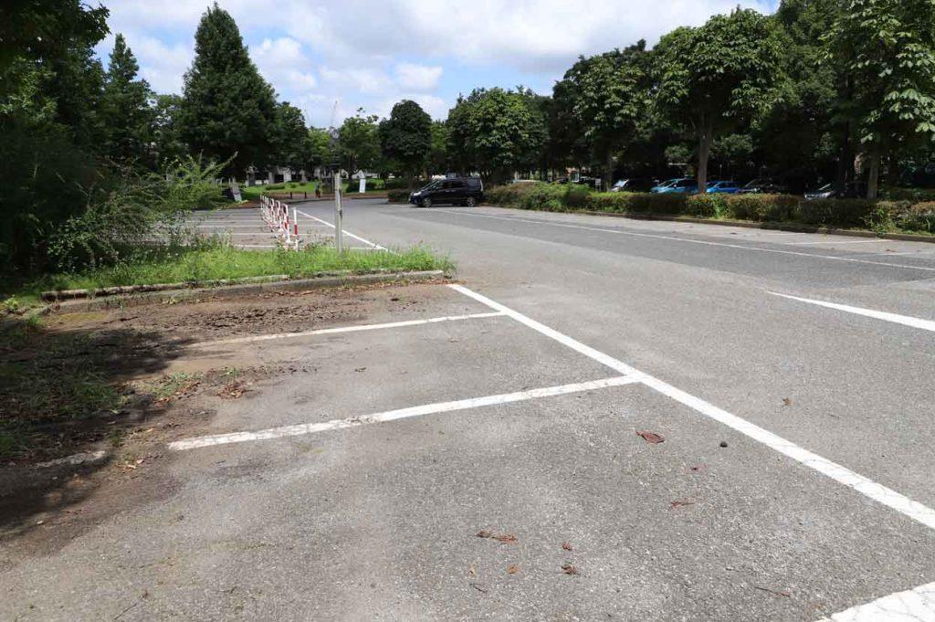 青葉の森公園の駐車場